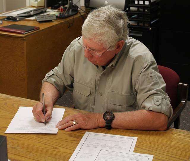 Bob Scott Files for Mayor