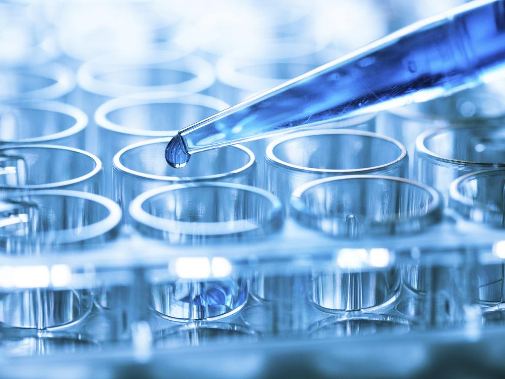 10 Biotech Experts To Follow On Twitter | Benzinga