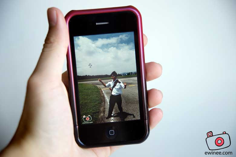 iphone-3gs-me-in-airfield
