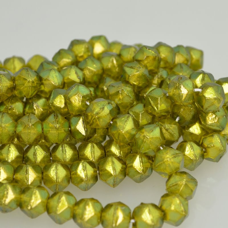 s42244 Glass Beads - 10 mm Antique English Cut - Lime Gold Lustre (25)