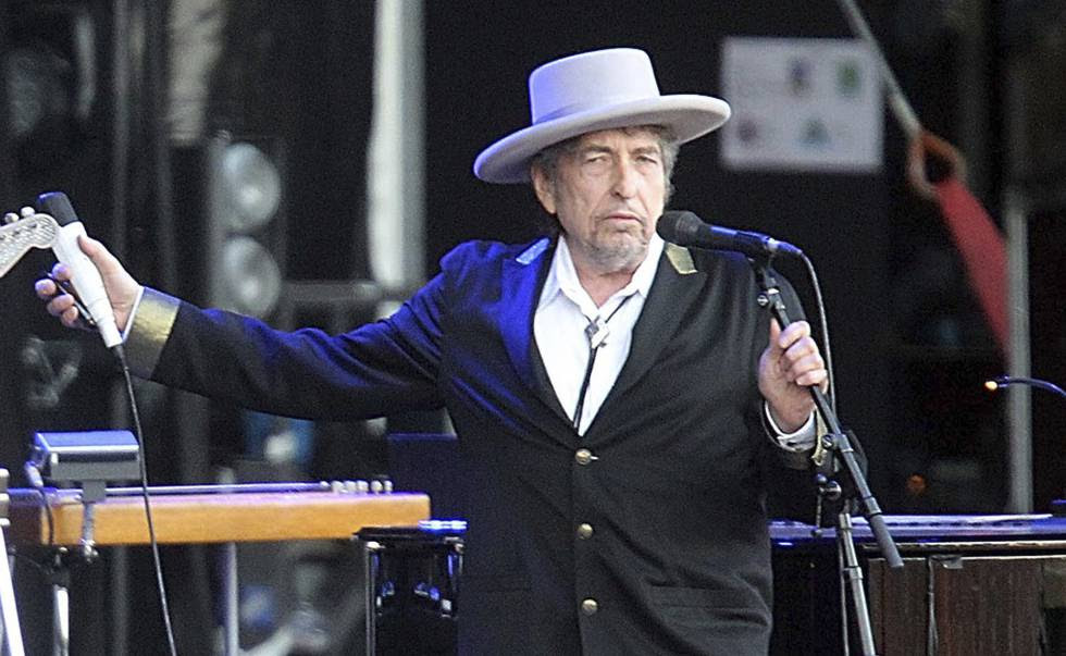 Bob Dylan durante un concierto en julio de 2012 en Francia.