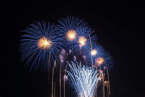 The World's Most Amazing New Year's Eve Fireworks Displays