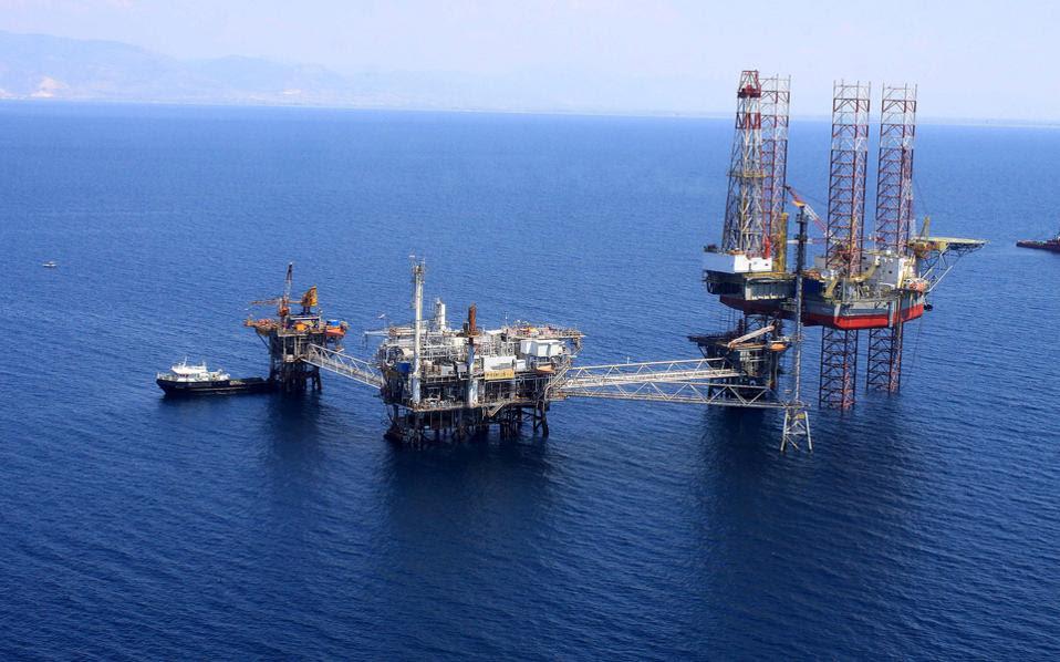 Το ενεργειακό, και συγκεκριμένα η ανακάλυψη κοιτασμάτων φυσικού αερίου στην ΑΟΖ του Ισραήλ και της Κύπρου και η ενδεχόμενη ύπαρξη κοιτασμάτων, δυτικότερα, στην περιοχή της Ελλάδας, αποτέλεσε κίνητρο και πυρήνα της συνεργασίας αυτής και οδήγησε την ελληνική πλευρά σε προσδοκίες για μια μακροχρόνια συνεργασία.