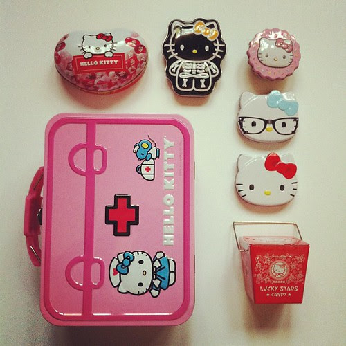 Hello Kitty Tin Collection by Jeni Baker