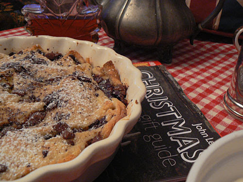 chocolate bread and butter puddin 3.jpg