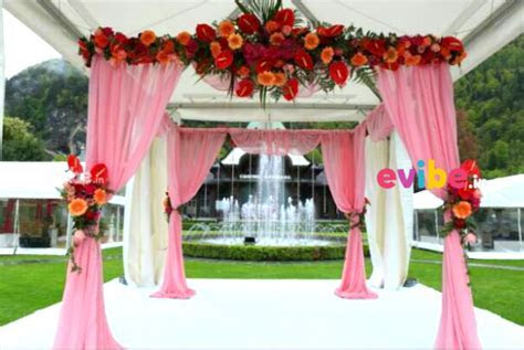 Simple and classy wedding mandap decor for wedding