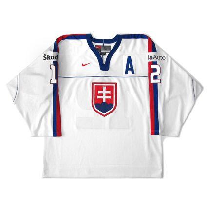 Slovakia 2002 WC jersey photo Slovakia 2002 WC F.jpg