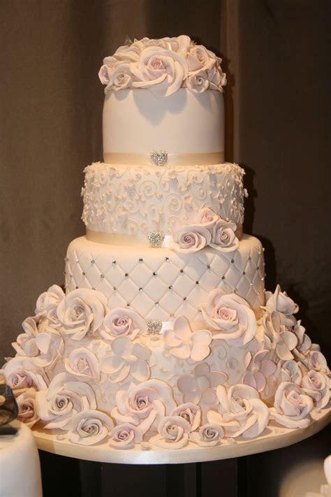 78  ideas about Wedding Cake Designs on Pinterest