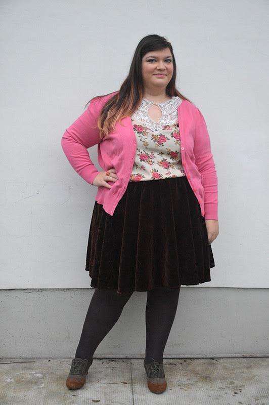 outfit marrone e rosa2