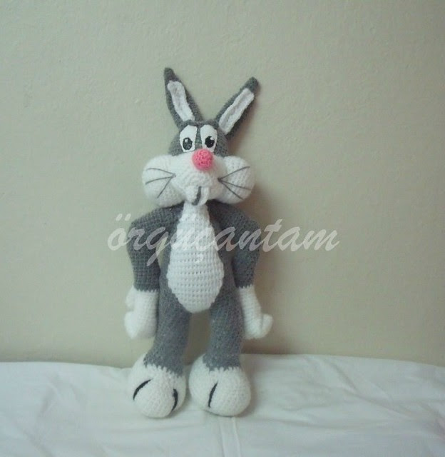 Amigurumi Bugs Bunny Yapilisi : BUGS BUNNY LER KucuLDuLER :)) (amigurumi looney tunes)