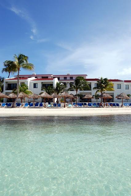 cancun_resort_from_ocean