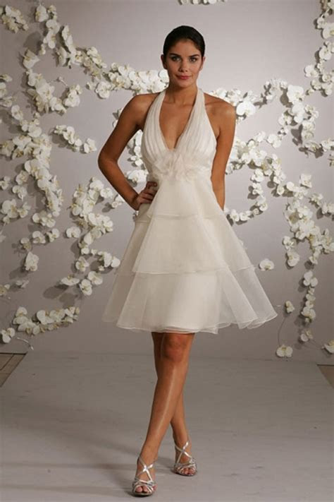 Short Halter Top Wedding Dresses   Styles of Wedding Dresses