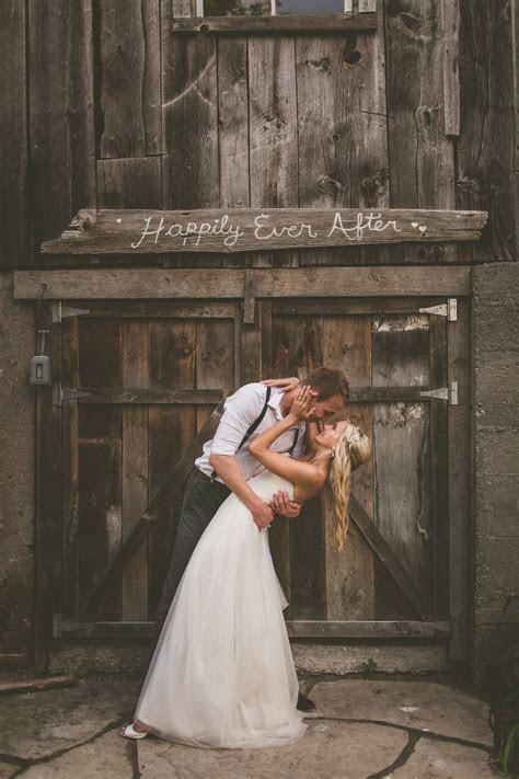 century barn wedding photos, century barn wedding ontario