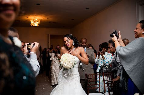 Captivating Dallas Wedding Ceremony Photography at The