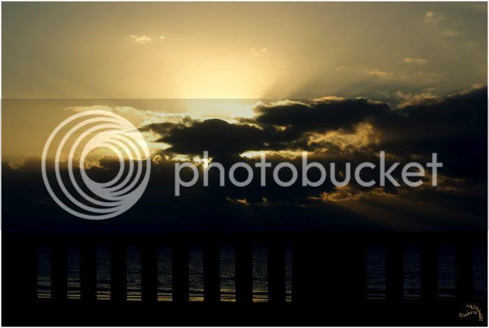 coucher de soleil sur la mer ciel embrasé au coucher de soleil photo Liz douce folie