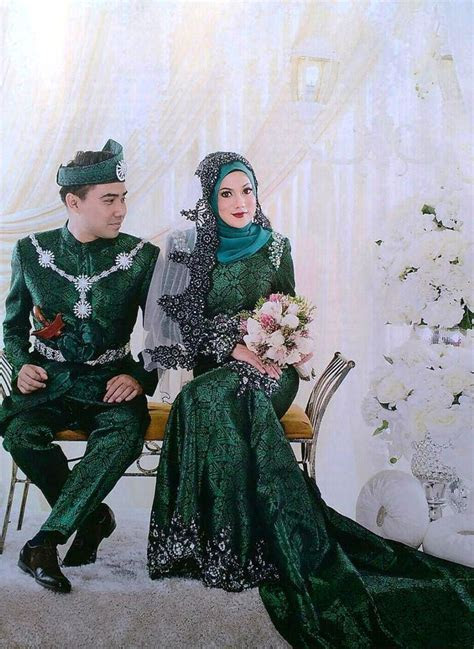 111 best Pengantin Melayu & Songket images on Pinterest