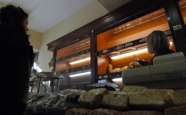 Η αναλγησία σε όλο της το μεγαλείο: Πρόστιμο σε φούρνο επειδή μοίραζε δωρεάν πατάτες
