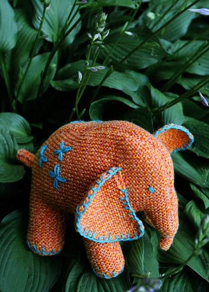 Flo the Elephant, Knitty First Fall 2010