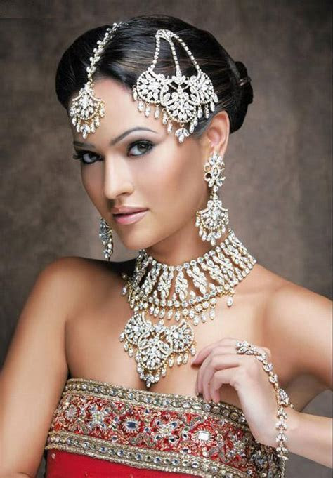 Pakistani Bridal Jewellery Designs