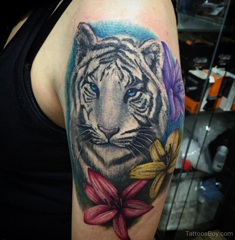 Flower And Tiger Tattoo On Shoulder Tattoo Designs Tattoo Pictures