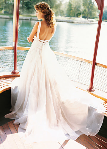 There are a lot of fabulous wedding gowns that jump right off the page and