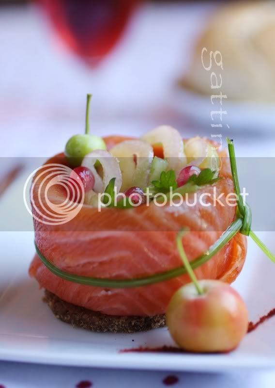 salmon & apple salad