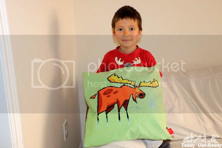 photo Golden Moose Green Velveteen Cushion Cover