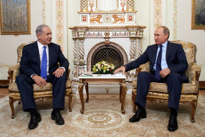Russian President Vladimir Putin, right, and Israeli Prime Minister Benjamin Netanyahu during a September 2015 meeting in Moscow. Photo: GPO.