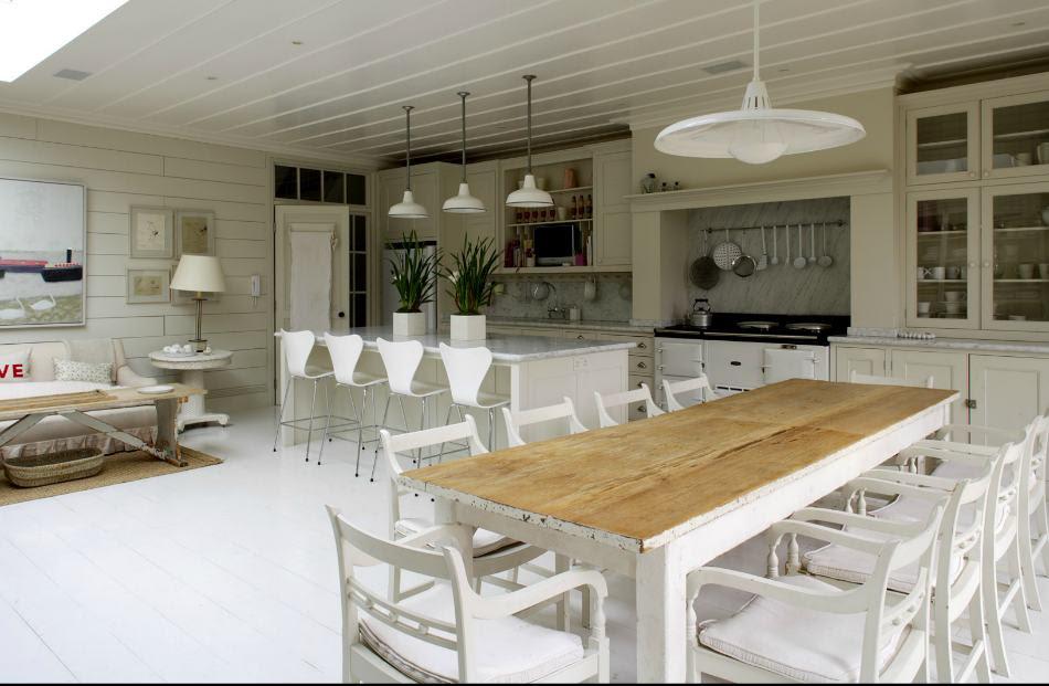 Dormitorio Muebles modernos: Decoracion mesa comedor madera