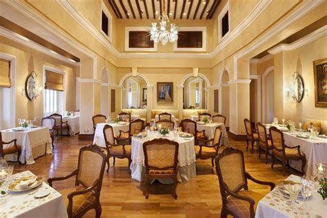 Taj Falaknuma Palace Falaknuma, Hyderabad   Banquet Hall