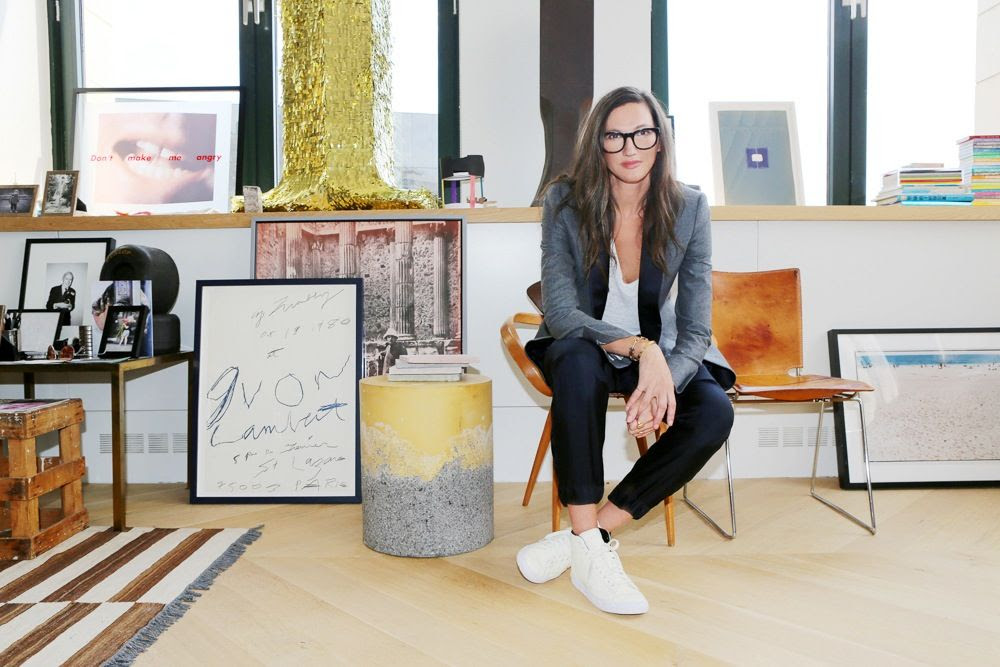 Le Fashion Blog -- Jenna Lyons J.Crew's Queen Of Cool -- Glasses White High Top Sneaker Via Into The Gloss photo Le-Fashion-Blog-Jenna-Lyons-Queen-Of-Cool-Glasses-White-High-Top-Sneaker-Via-Into-The-Gloss.jpg