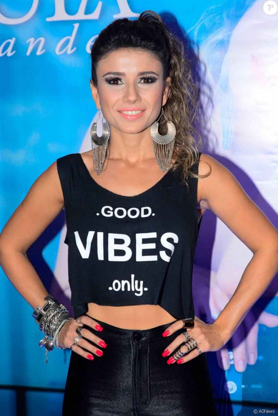 Paula Fernandes estreia no Carnaval carioca este ano e será um dos destaques da escola de samba Imperatriz Leopoldinense