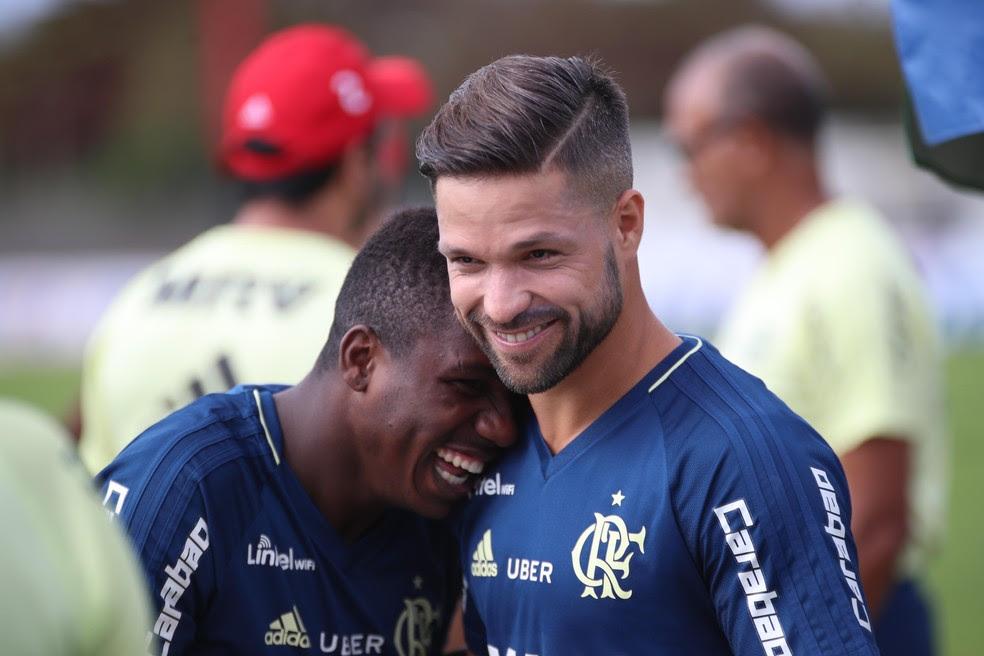 Diego no treino do Flamengo desta sexta-feira (Foto: Gilvan de Souza/Flamengo)