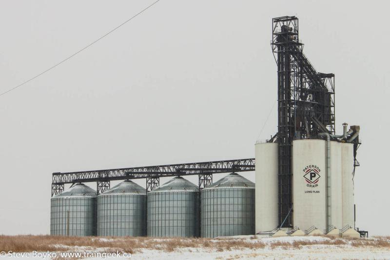 Paterson grain elevator in Gleichen Alberta