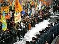 Если решение не примет Янукович, за него это сделает улица - депутат