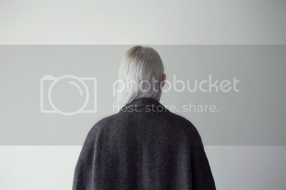 photo loveaestheticshugecoat00.jpg
