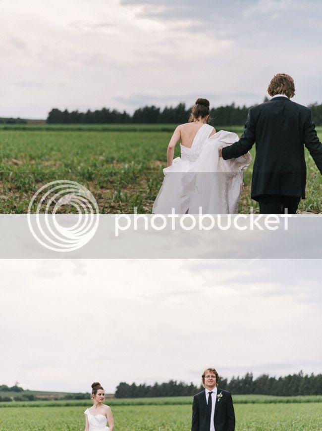 http://i892.photobucket.com/albums/ac125/lovemademedoit/welovepictures%20blog/BushWedding_Malelane_049.jpg?t=1355997416