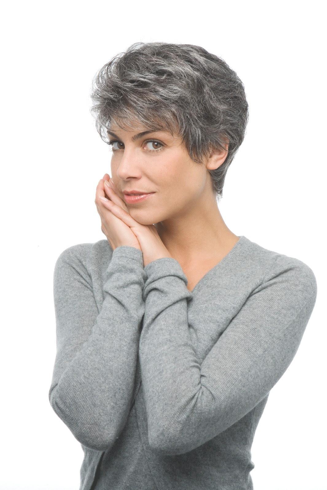 meowmeow: Modele Coupe Courte Femme Cheveux Gris
