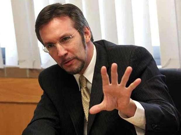 Ackermann dijo que si el Legislativo es omiso, entonces los magistrados tienen que ir más allá del criterio cuantitativo de irregularidades. Foto: Archivo / Reforma