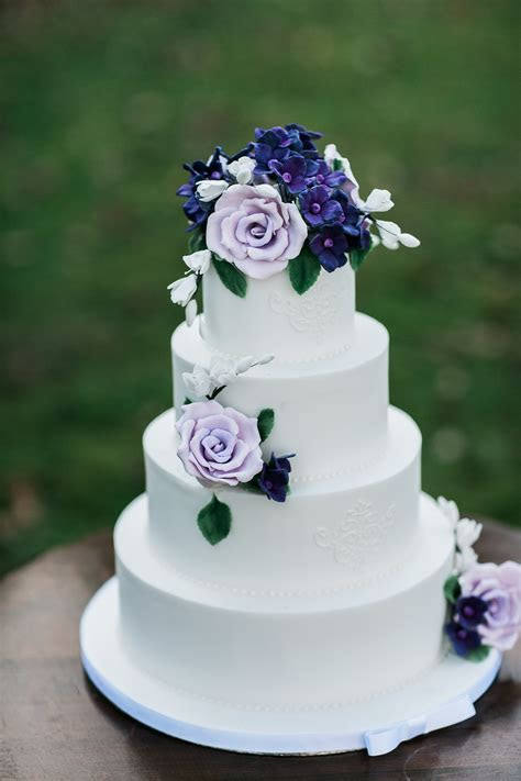 Luxury Wedding Cakes London, Hertfordshire, Bedfordshire