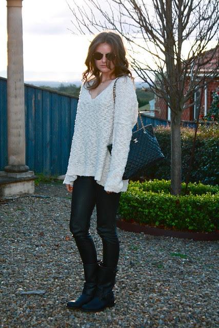 chanel bag a chunky knit