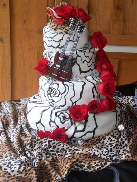 Glam Rock Wedding Cake   Wedding cake, Cake and Weddings