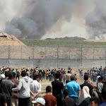 עשרות פצועים פלסטינים בעימותים בגדר, 7 שריפות פרצו בעוטף עזה - מעריב