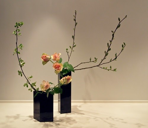 Flower Arrangements Basics: The Nordic Lotus Ikebana Blog: Slow Spring Combo