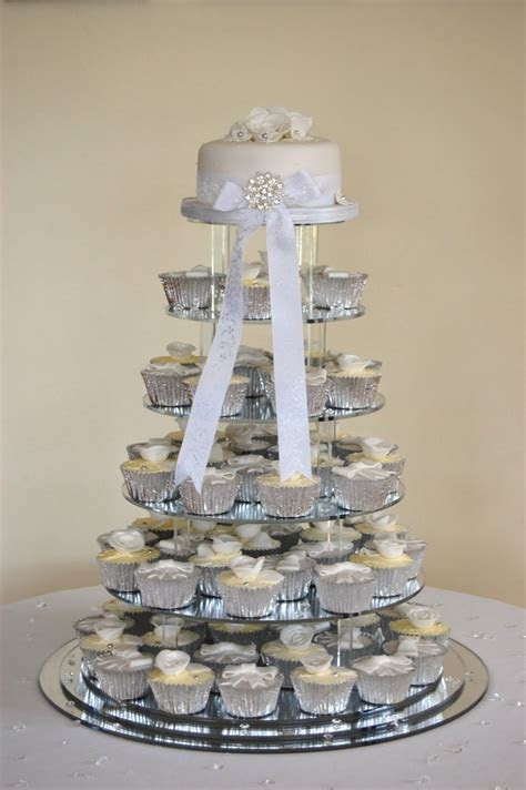 Cupcake Wedding Cakes   Great Cake Ideas