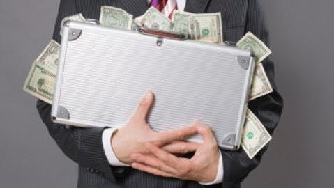 công tác nước ngoài, lãng phí, tiền thuế của dân