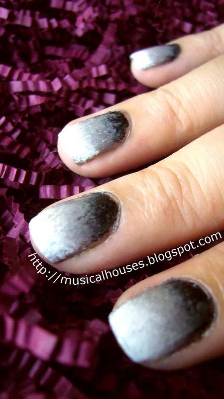 gradient manicure black grey white 1