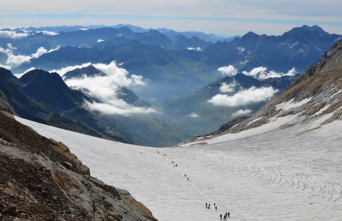 The glacier and Monteperdido