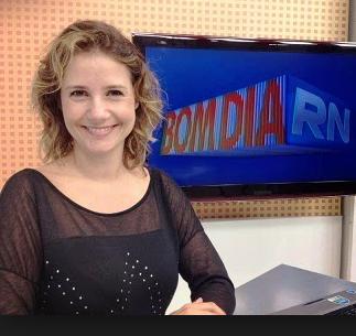 Michele Rincon pediu as contas da TV
