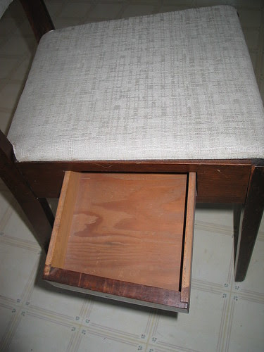 Drawer of the drawerchair.